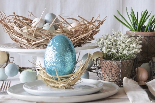festive Easter decor